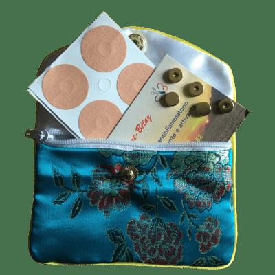 set de poche avec 10 aimants dorés